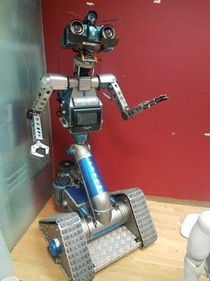 Johnny5 en Artificial Expo
