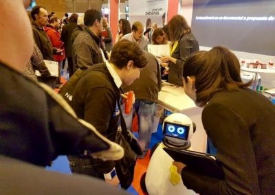 Aula del Futuro2 - Artificial Expo Grupo ADD